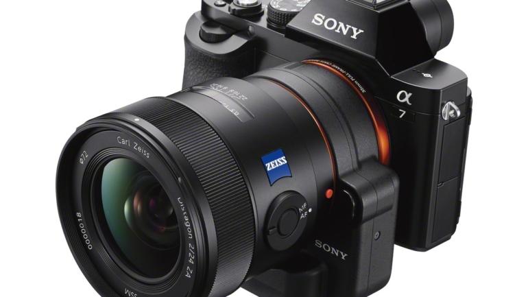 """Sony presenta la nuova fotocamera α7: grandi potenzialità """"full-frame"""", piccole dimensioni"""