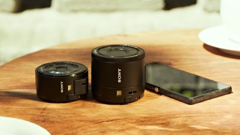 Novità in arrivo per le Lens-style-camera serie QX di Sony