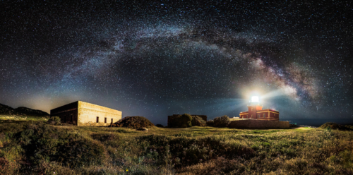 "Sony World Photography Awards - Ivan Pedretti ""Starry lighthouse"""