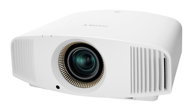 A IFA 2015 Sony annuncia tre nuovi proiettori per home cinema