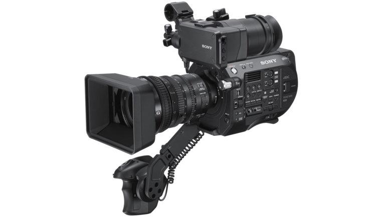Sony amplia la serie FS con il nuovo camcorder FS7 II