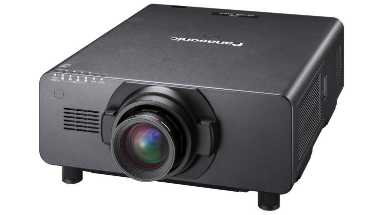 Nuova gamma di proiettori professionali Panasonic